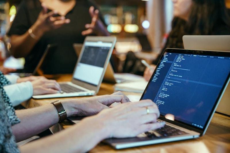 プログラミングスクール イメージ